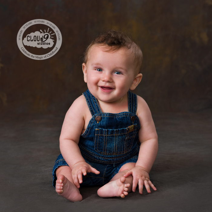 Jett's Sitting Milestone Baby Session
